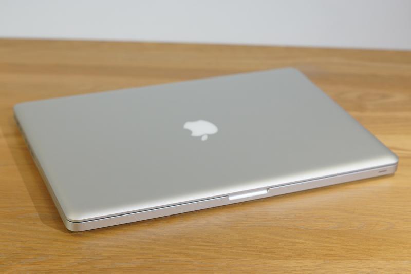 #ของหายาก อัพเกรดให้แล้ว MacBook Pro 17-inch (Late 2011) 2.4GHz i7 แรม 8GB 1TB HDD การ์ดจอแยก 1GB ราคาไม่แพง