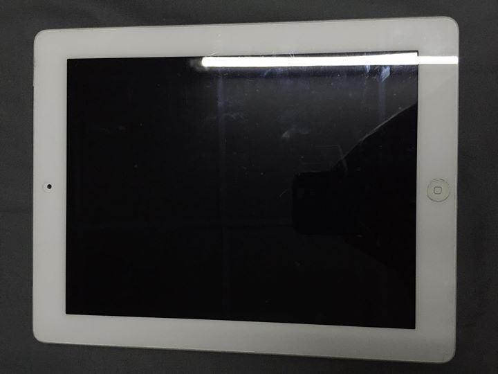 iPad 2 cellular wifi 64gb สีขาว
