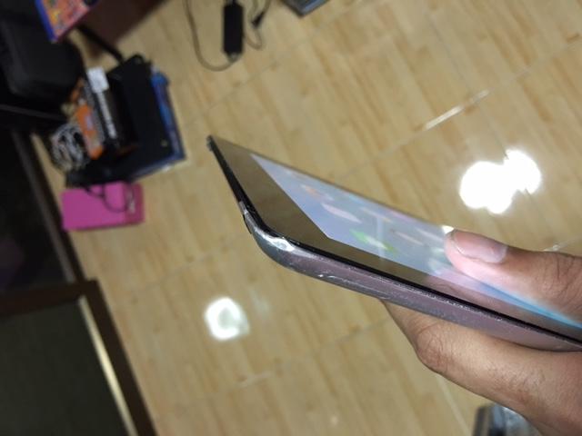 ขาย ipad2 ใส่ซิม 3g 64 gb wifi Cellular ได้ใ้ช้งานปกติทุกอย่าง