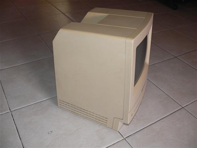 ขาย Macintosh Classic II (ขายแล้วครับ)