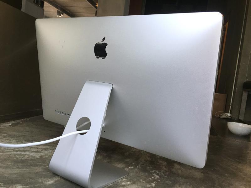 ขายจอ Apple Thunderbolt Display 27-inch จอใส สว่าง ไม่เหลือง คัดมาแล้ว