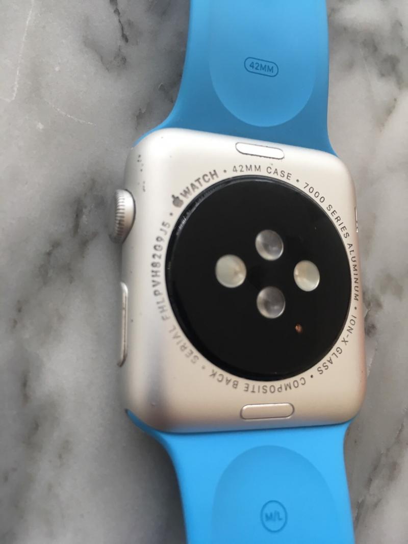 ขาย Apple Watch Sport Aluminum 42mm สายฟ้า