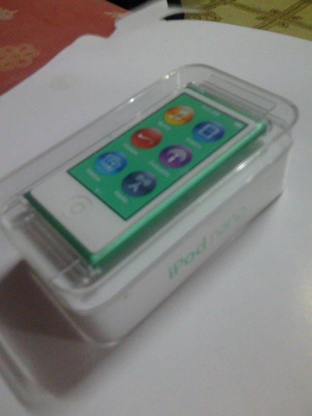 Ipod nano Gen7 16gb สีเขียว สภาพมือ1 ครบกล่อง