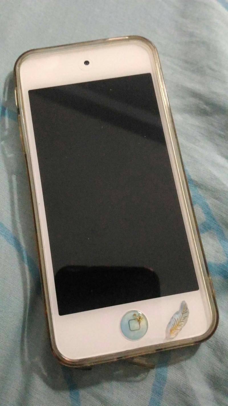 ipod touch สีทอง 16 gb