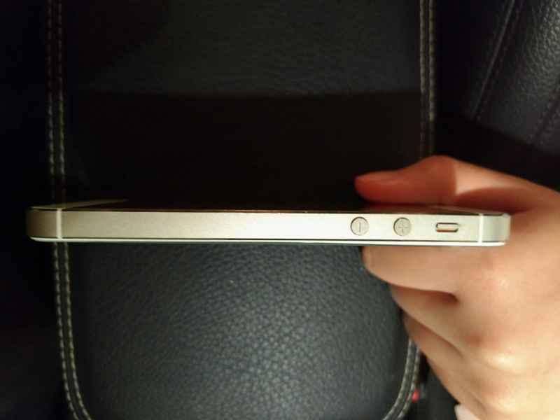 ขาย iPhone 5S 32GB สีทอง ราคาสบายๆ เครื่องศูนย์แท้ TH