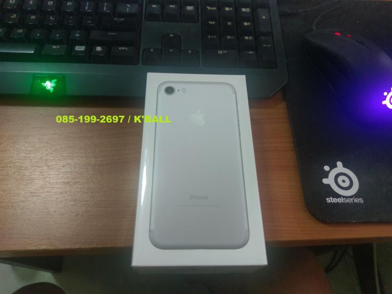 ขาย Iphone 7 Silver 32Gb เครื่องศูนย์ทรูมือ1 ยังไม่แกะซีล
