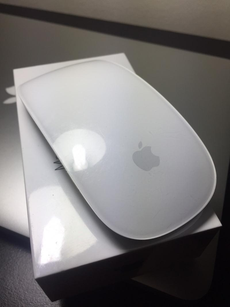 Macbook Pro Retina 13 Early 2015 + Magic Mouse2