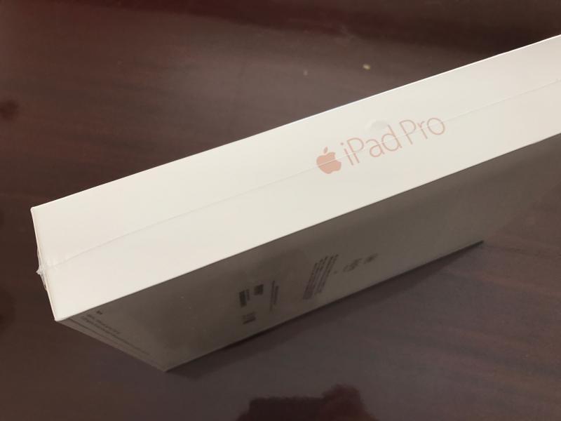 ##Ipad Pro9.7 128GB Wifi สีRose Gole ยังไม่แกะซีล##
