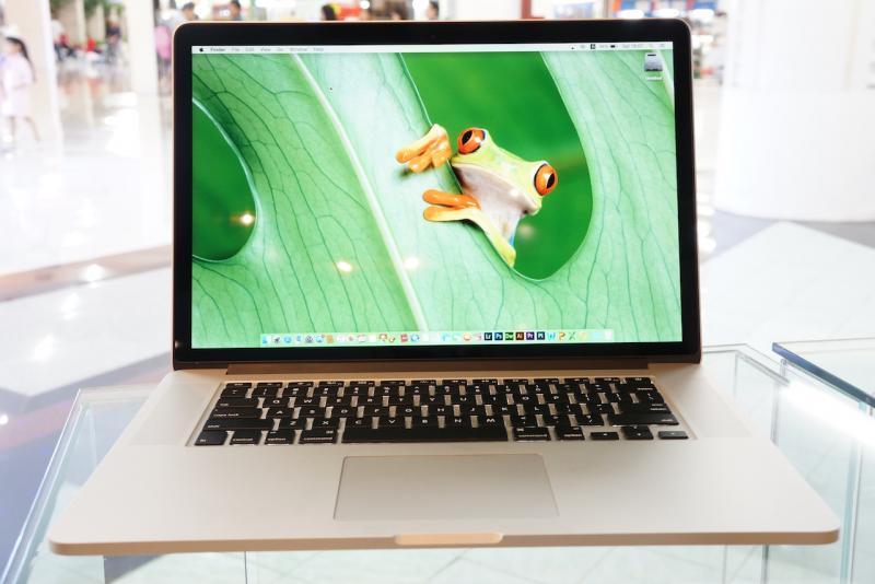 ขาย MacBook Pro 15-inch Retina Core i7 2.3 GHz. Late 2013 รหัสสินค้า:0101