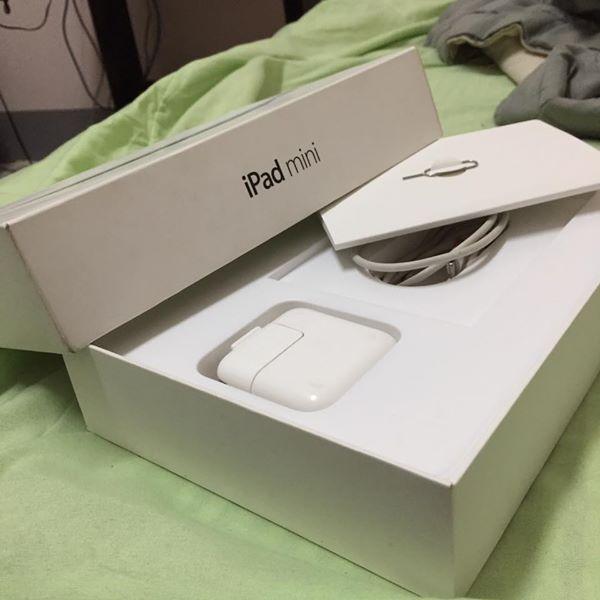 iPad mini 2 retina 16g (ใส่ซิมได้)