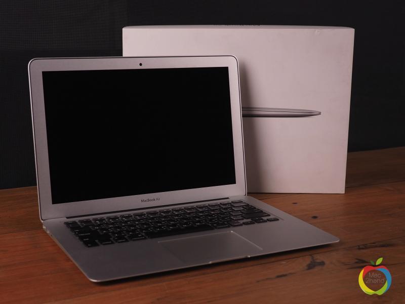 MacBook Air (13 inch-Early 2014) i5 1.4GHz RAM 4GB FS 128GB (BOX) ราคา 23,500 บาท