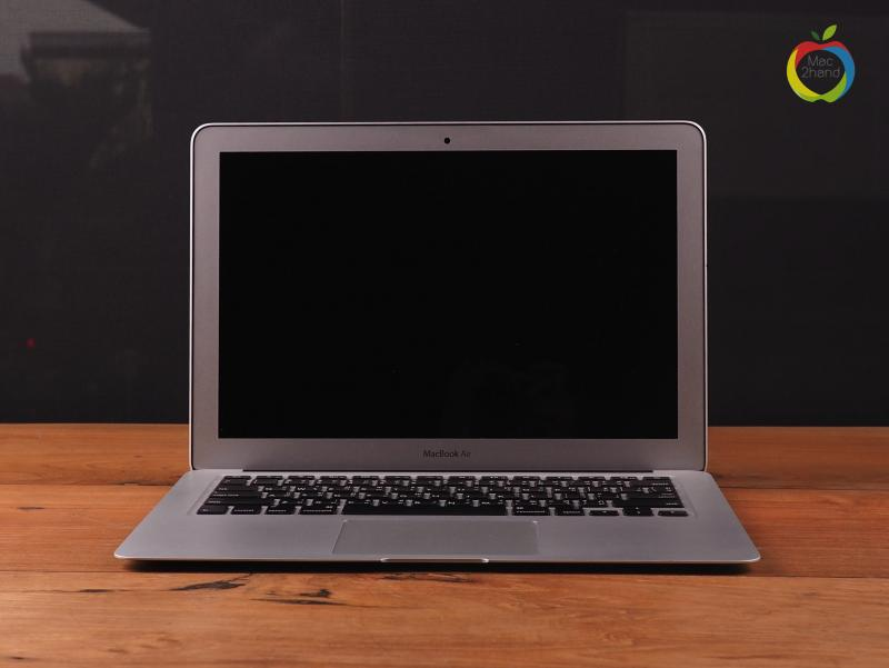 MacBook Air (13 inch-Mid 2013) i5 1.3GHz RAM 4GB FS 128GB (BOX) ราคา 24,000 บาท
